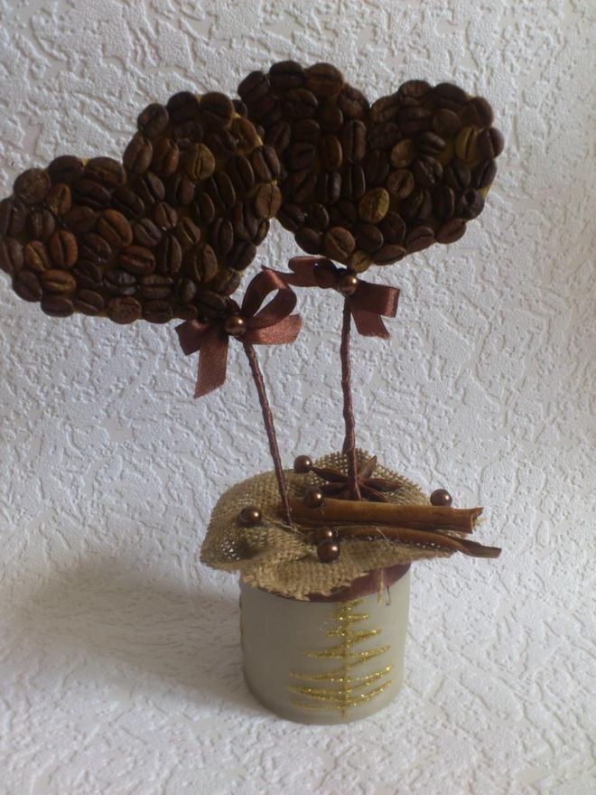 Topiary of coffee beans by own hands - hearts for the beloved
